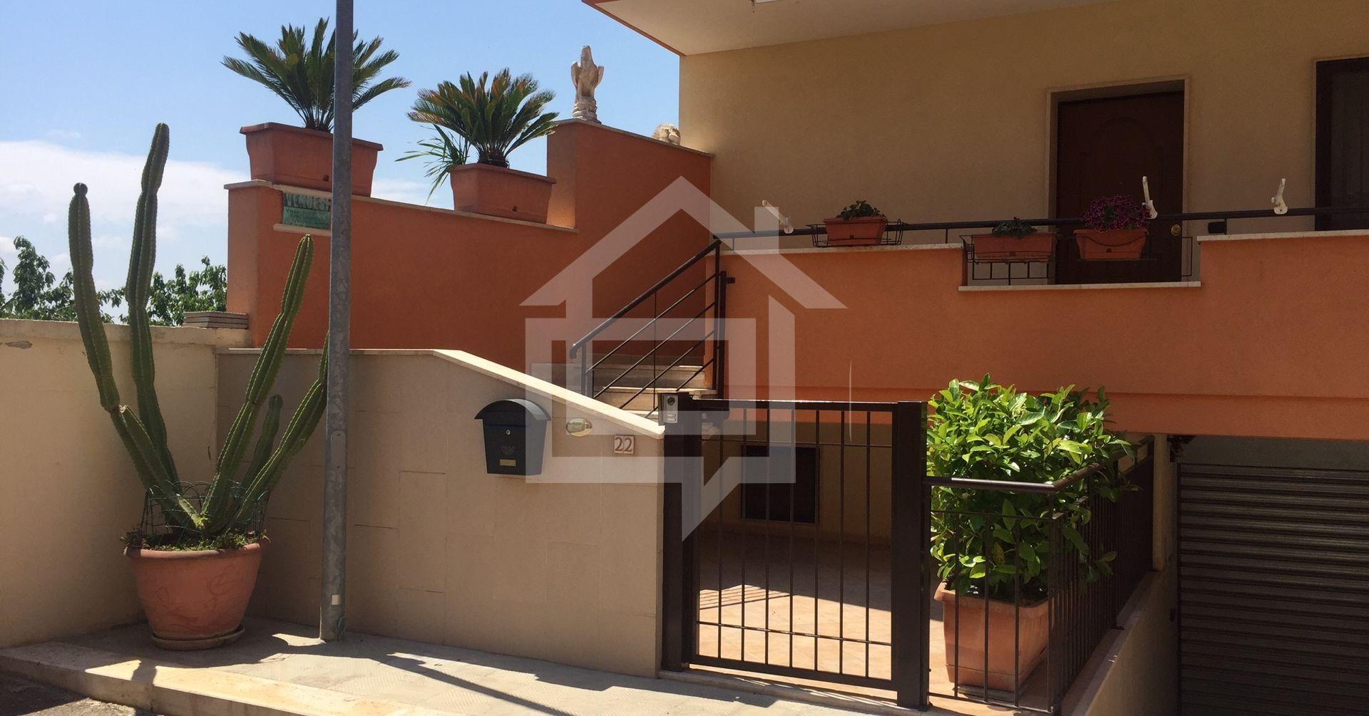 Divicasa casa indipendente o terratetto in vendita a for Casa con 2 camere da letto con seminterrato finito in affitto